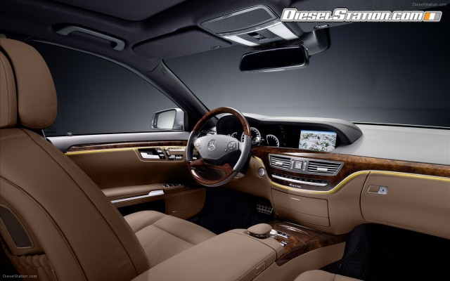 2018 Mercedes Benz S Class AMG Sports Package photo - 5