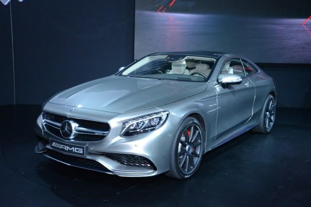 2018 Mercedes Benz S63 AMG Coupe photo - 4