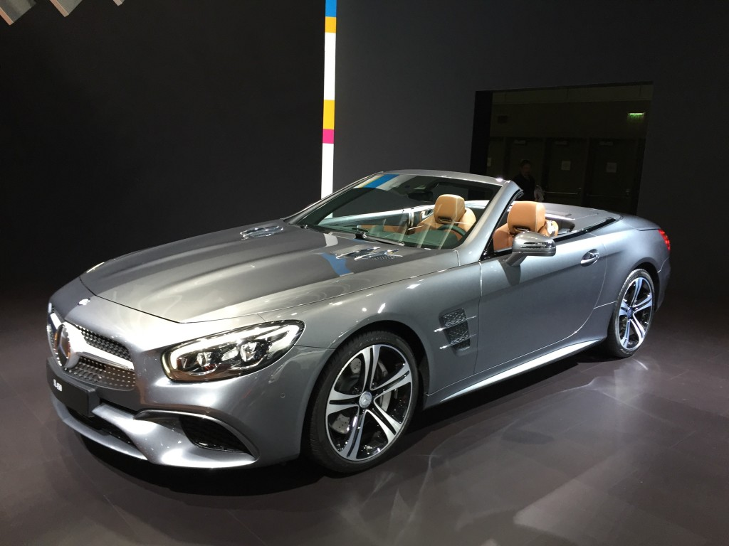 2018 mercedes benz sl 500 car photos catalog 2018. Black Bedroom Furniture Sets. Home Design Ideas