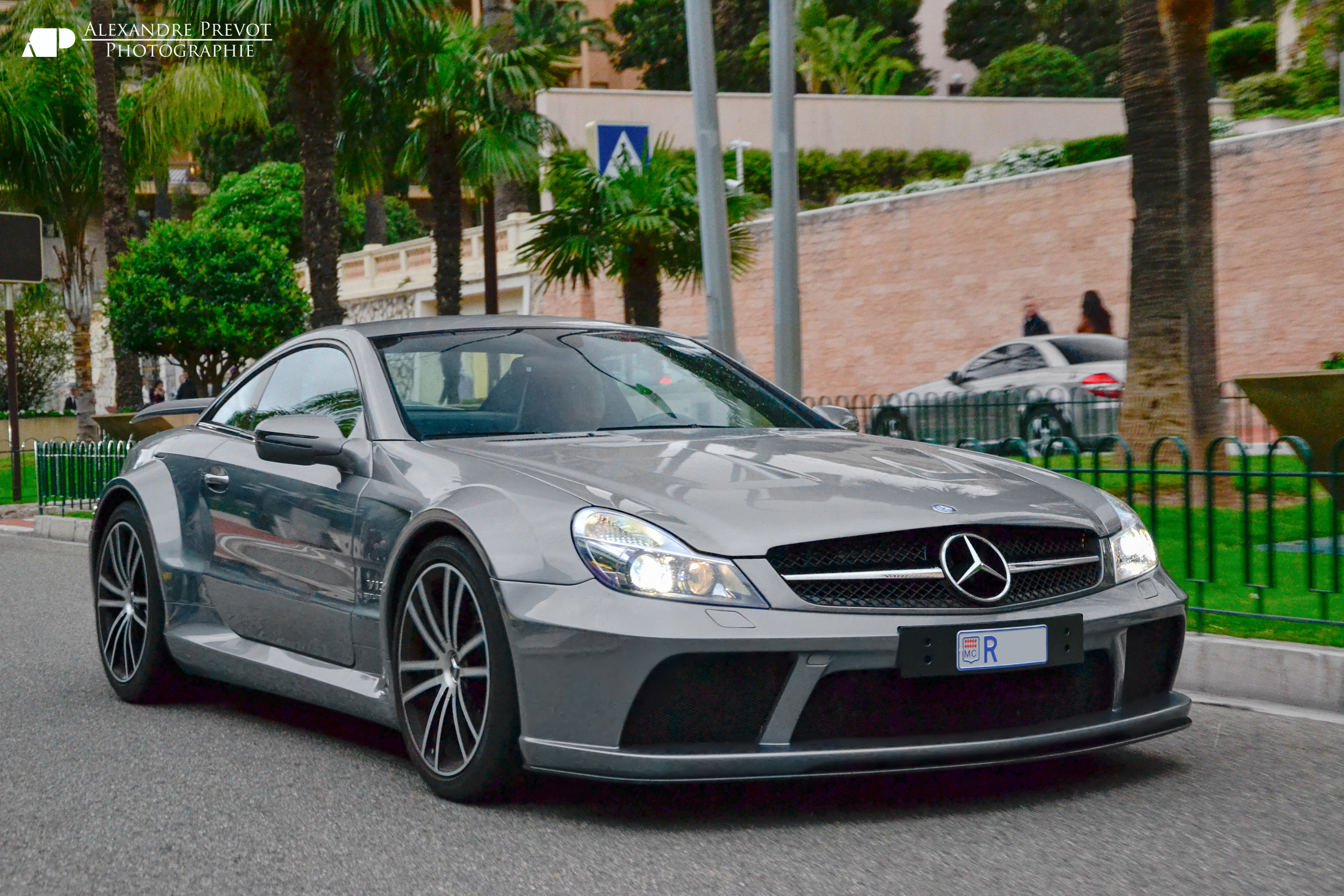2018 Mercedes Benz SL 65 AMG photo - 2