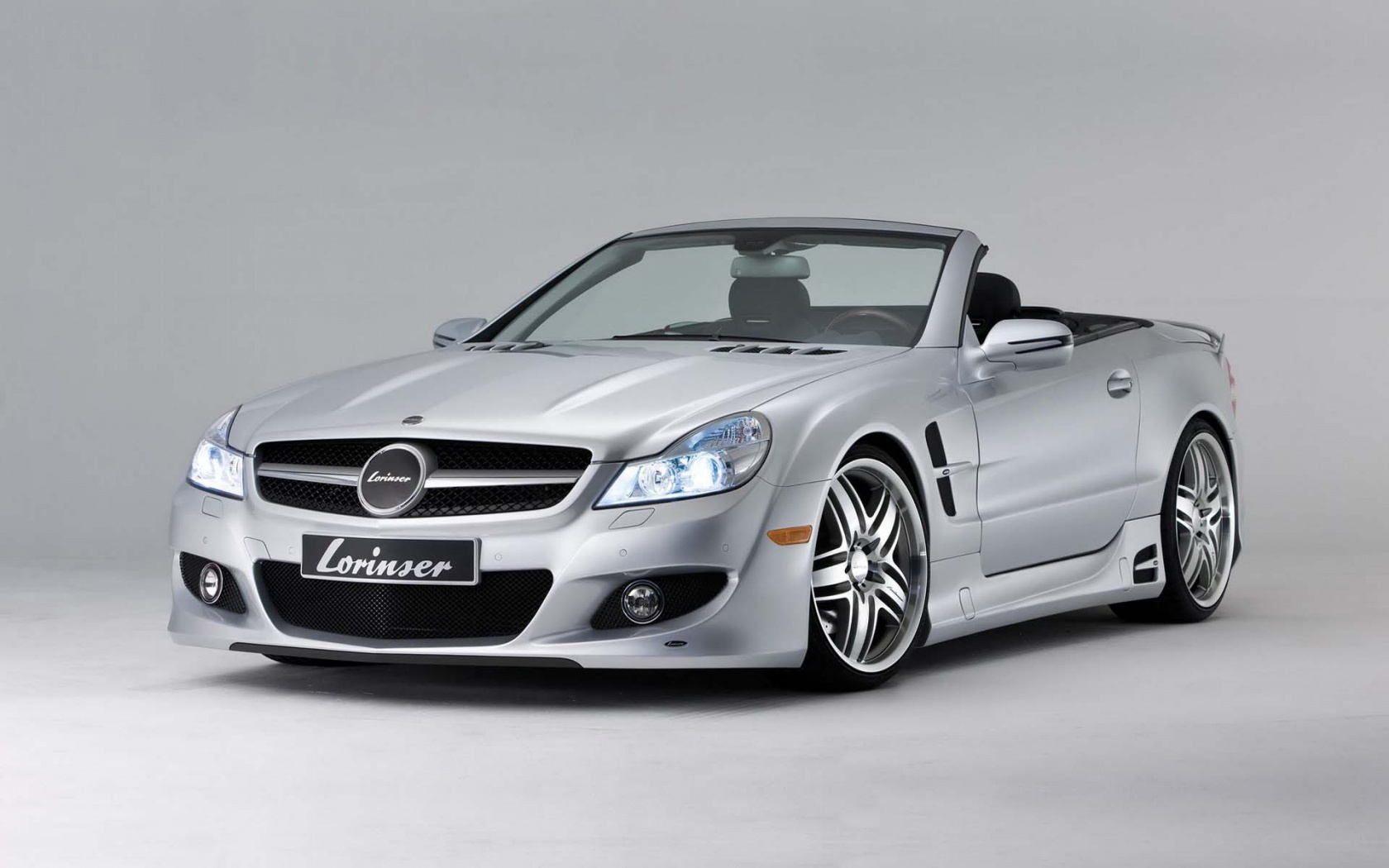 2018 Mercedes Benz SL500 photo - 2