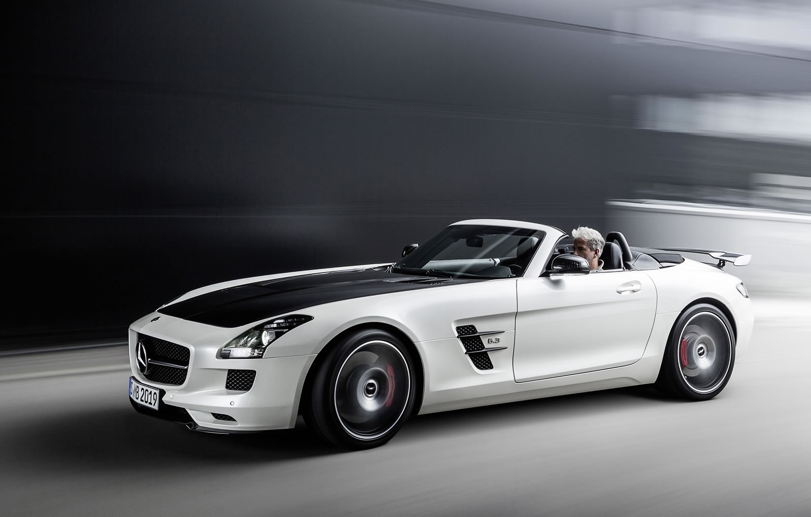2018 mercedes benz sls amg gt roadster car photos for 2018 mercedes benz amg gt
