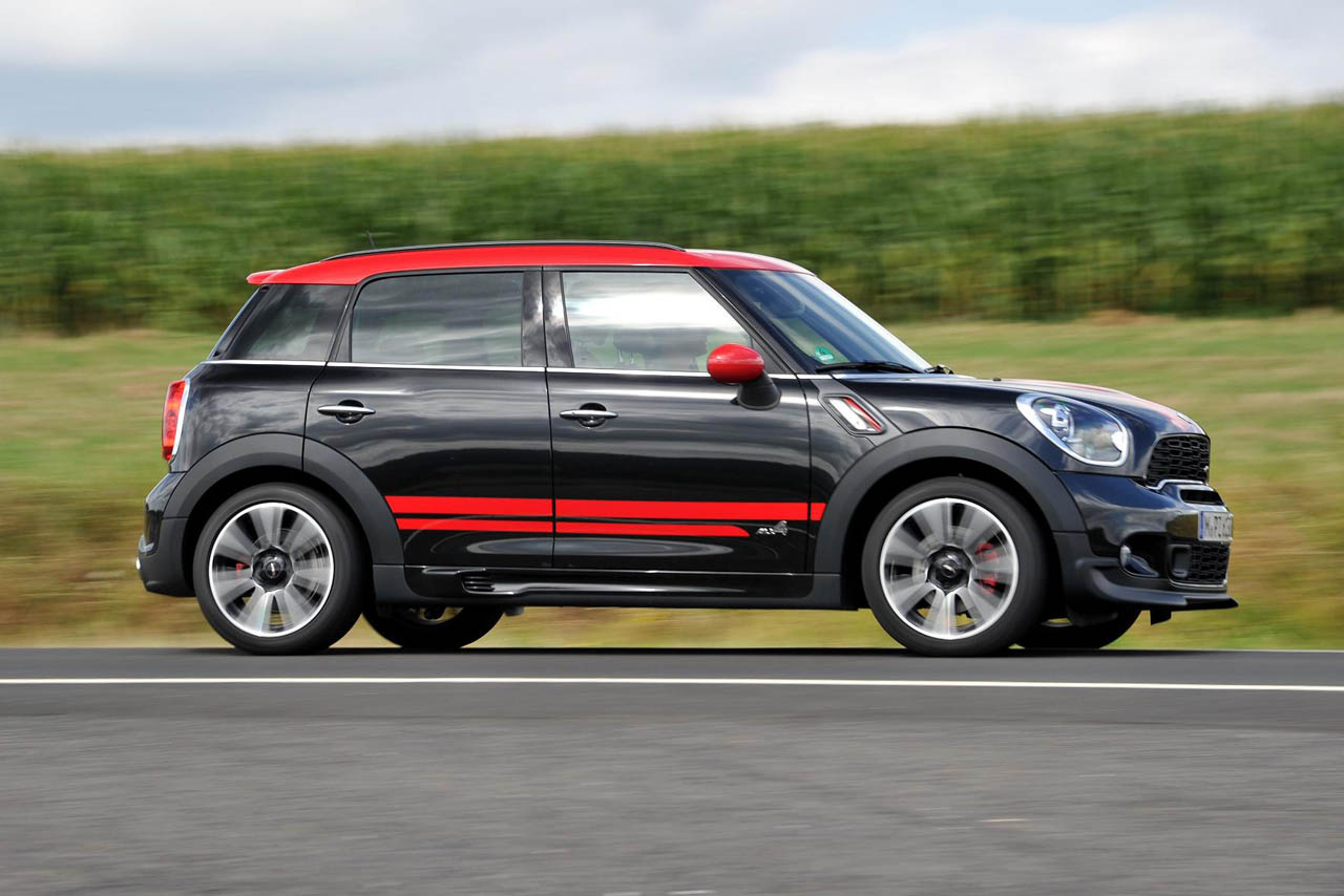 2018 mini countryman john cooper works car photos. Black Bedroom Furniture Sets. Home Design Ideas