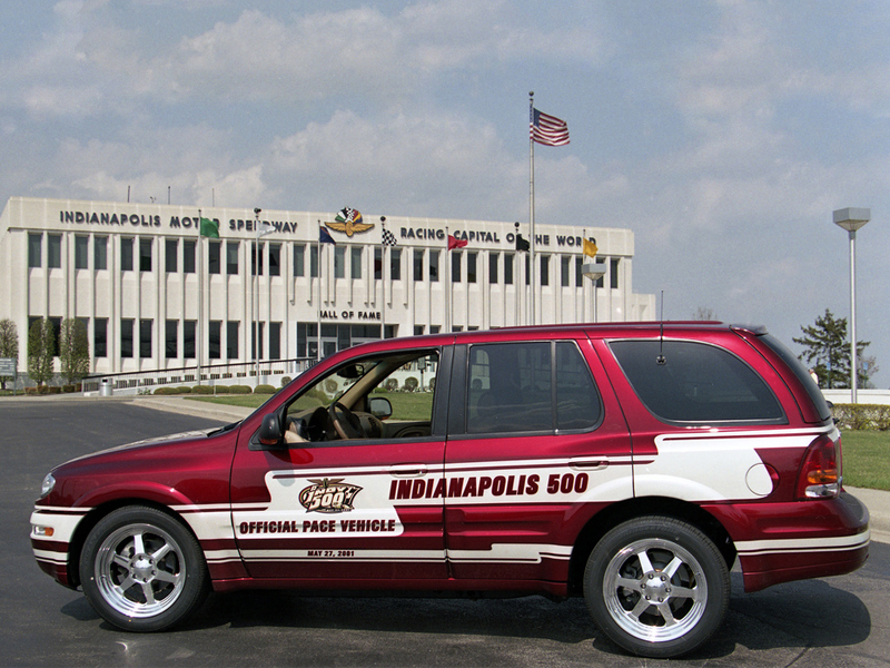 2018 Oldsmobile Aurora Indy Pace Car photo - 3