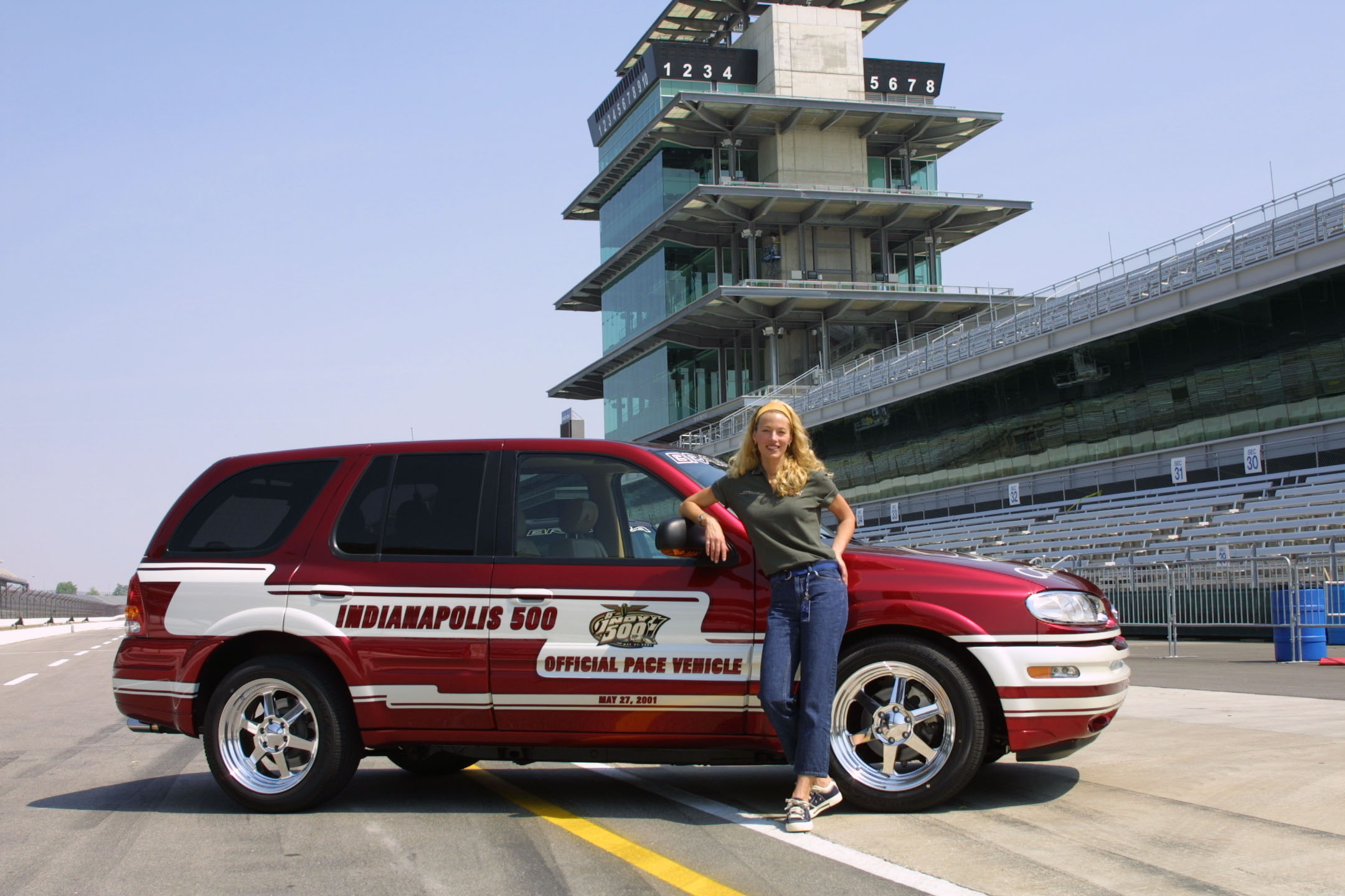 2018 Oldsmobile Bravada Indy Pace Car photo - 2