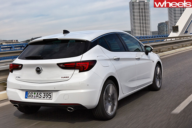 2018 Opel Astra Sedan photo - 4
