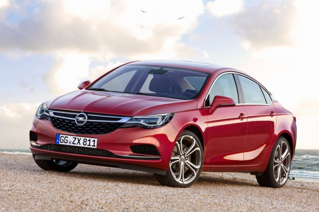 2018 Opel Insignia Hatchback photo - 3
