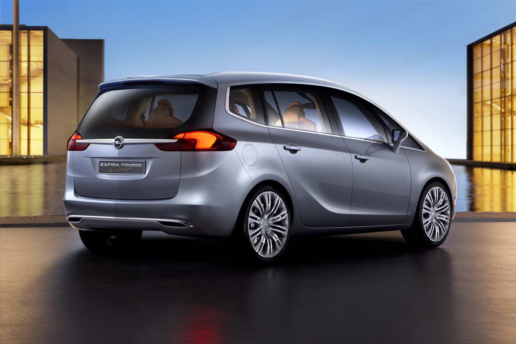 2018 Opel Zafira Tourer Concept photo - 4