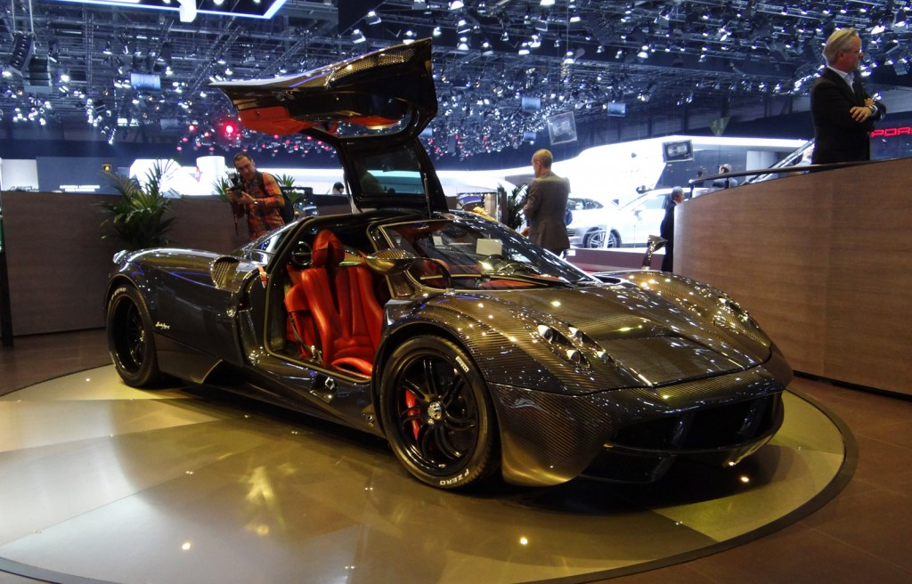 2018 Pagani Huayra photo - 1