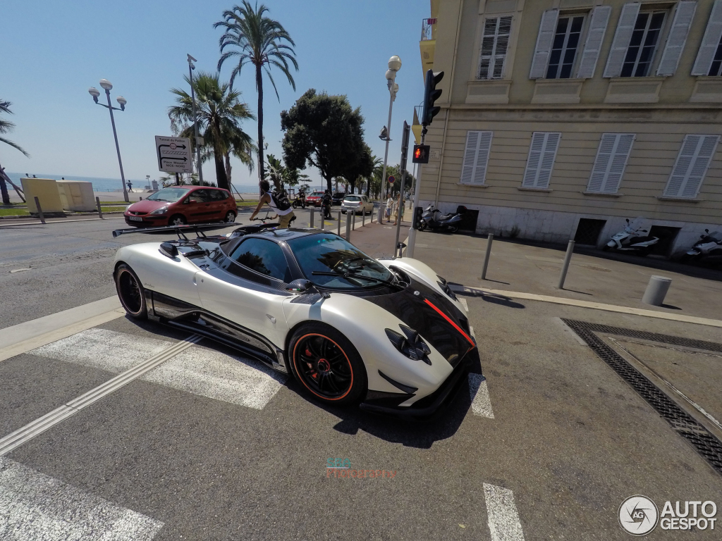 2018 Pagani Zonda Cinque Roadster photo - 5