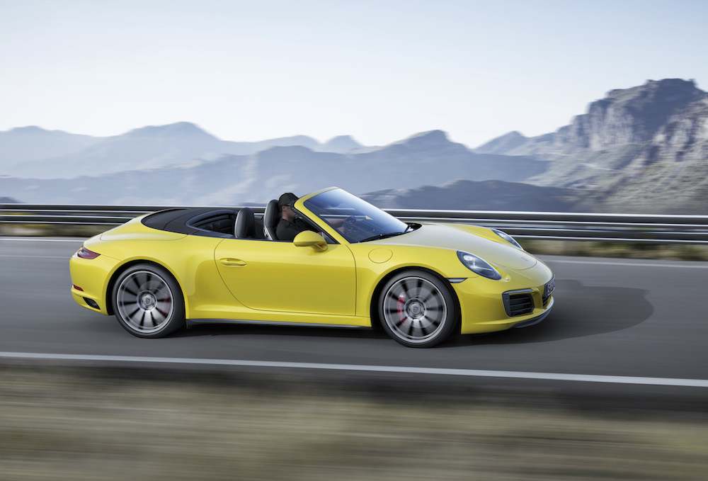 2018 Porsche 911 Carrera 4 Cabriolet photo - 2