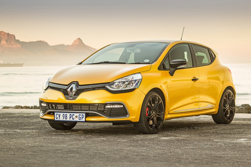 2018 Renault Clio RS 200 photo - 2