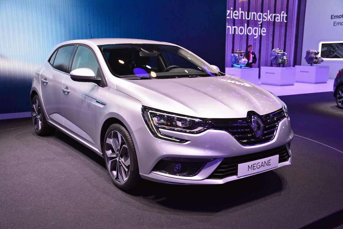 2018 Renault Megane Coupe photo - 3