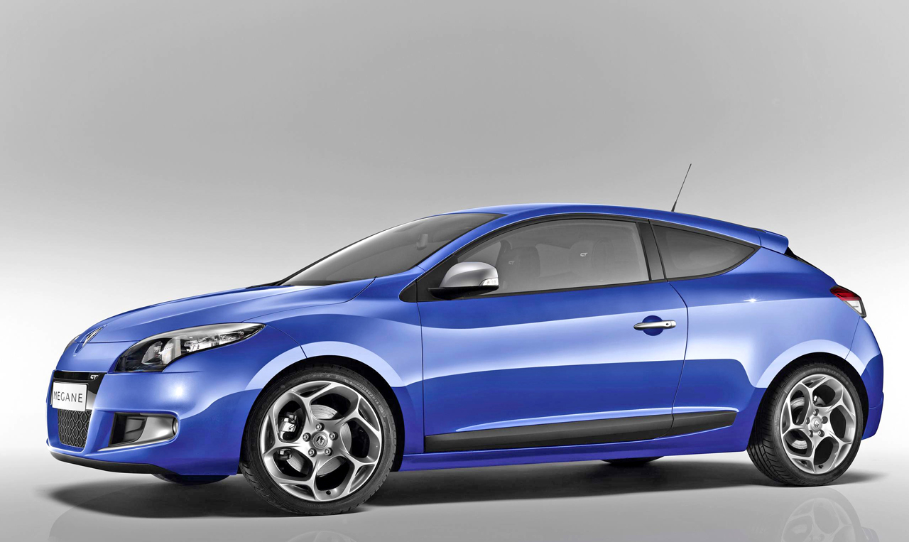 2018 Renault Megane Coupe GT photo - 3