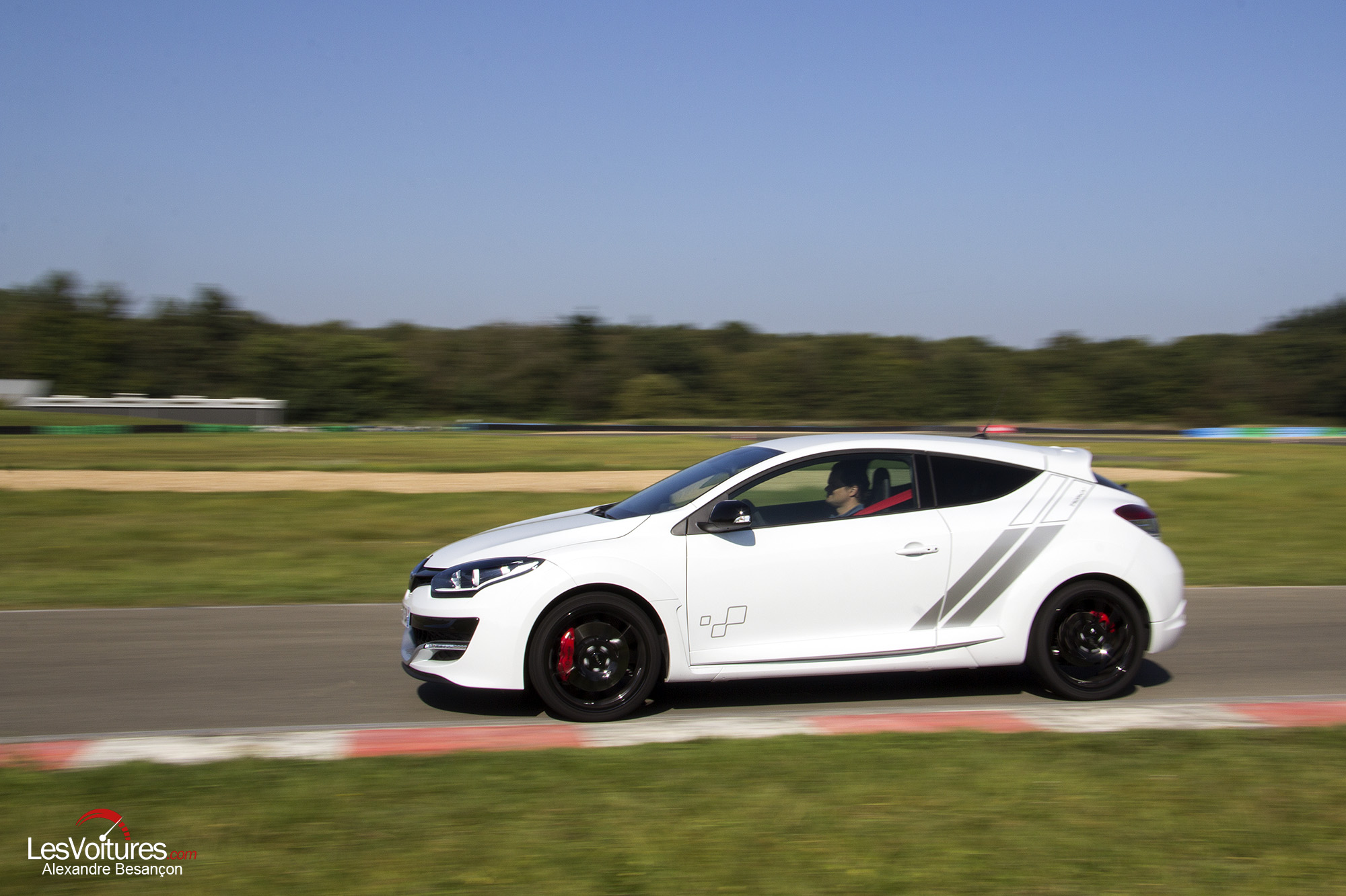 2018 Renault Megane RS 275 Trophy photo - 3