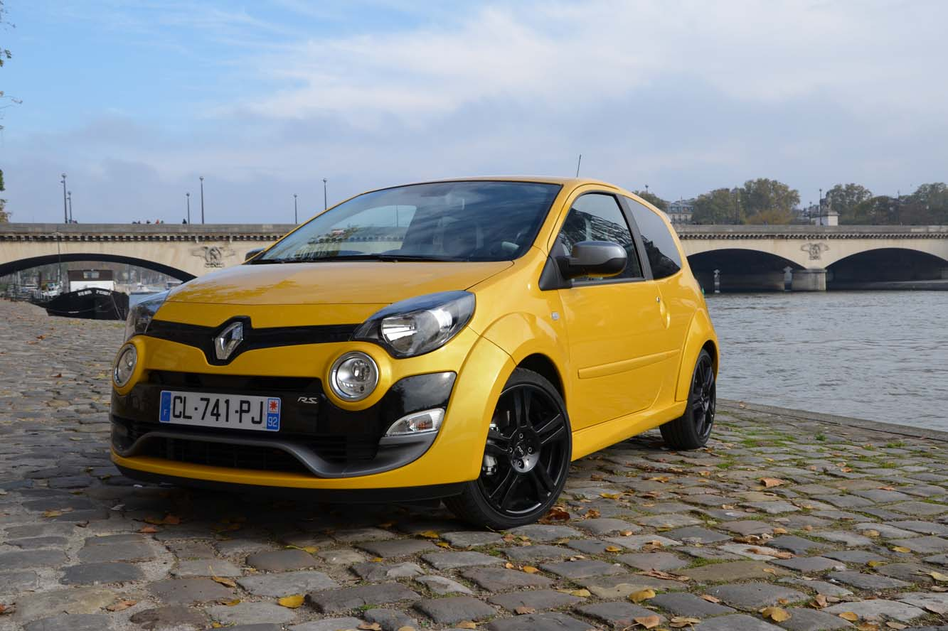 2018 Renault Twingo RS photo - 1