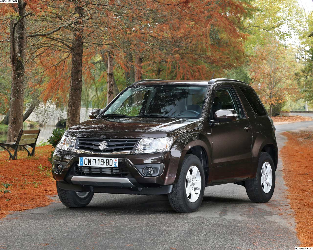2018 Suzuki Grand Vitara 3 door photo - 4