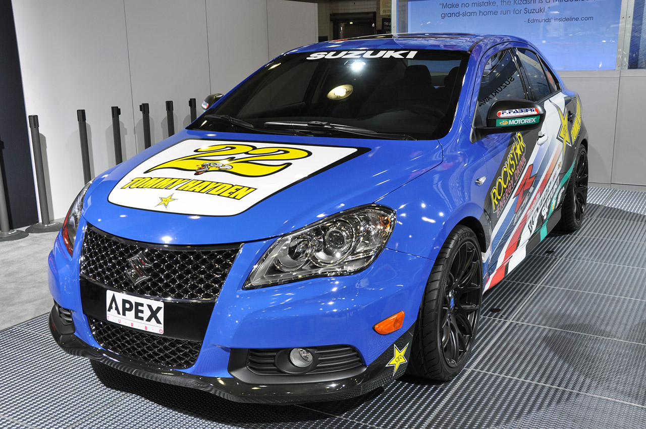 2018 Suzuki Kizashi Apex Concept photo - 5