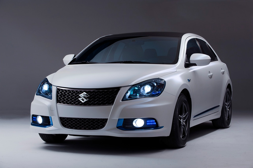 2018 Suzuki Kizashi EcoCharge Concept photo - 3