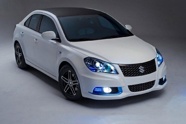 2018 Suzuki Kizashi EcoCharge Concept photo - 5