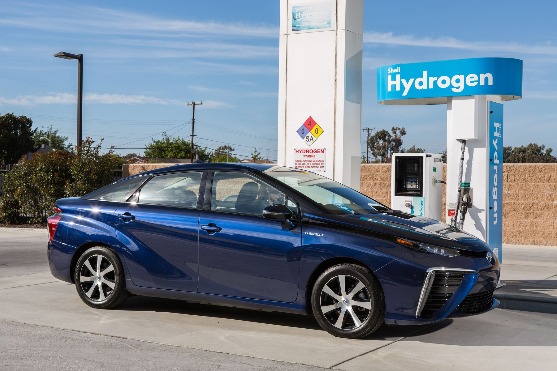 2018 Toyota FINES FuelCell Concept photo - 3