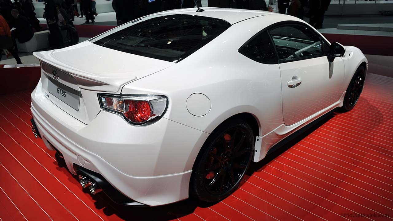 2018 Toyota GT86 TRD photo - 2