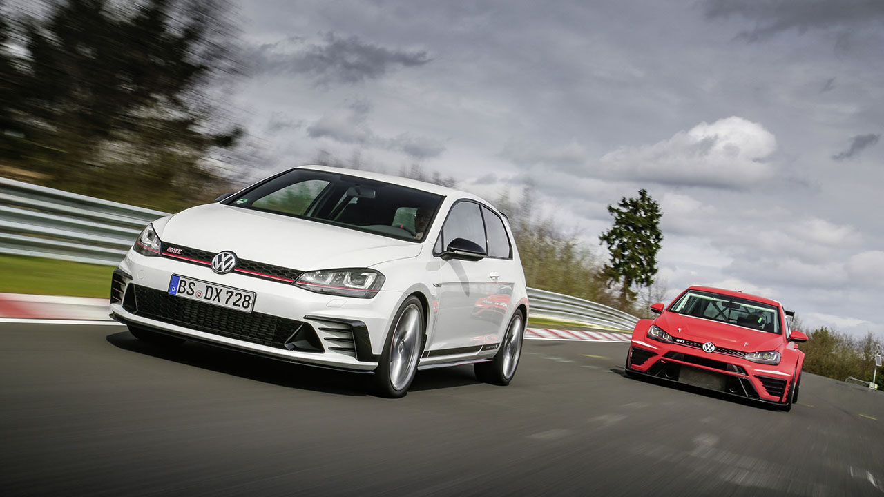 2018 Volkswagen Golf GTI photo - 4