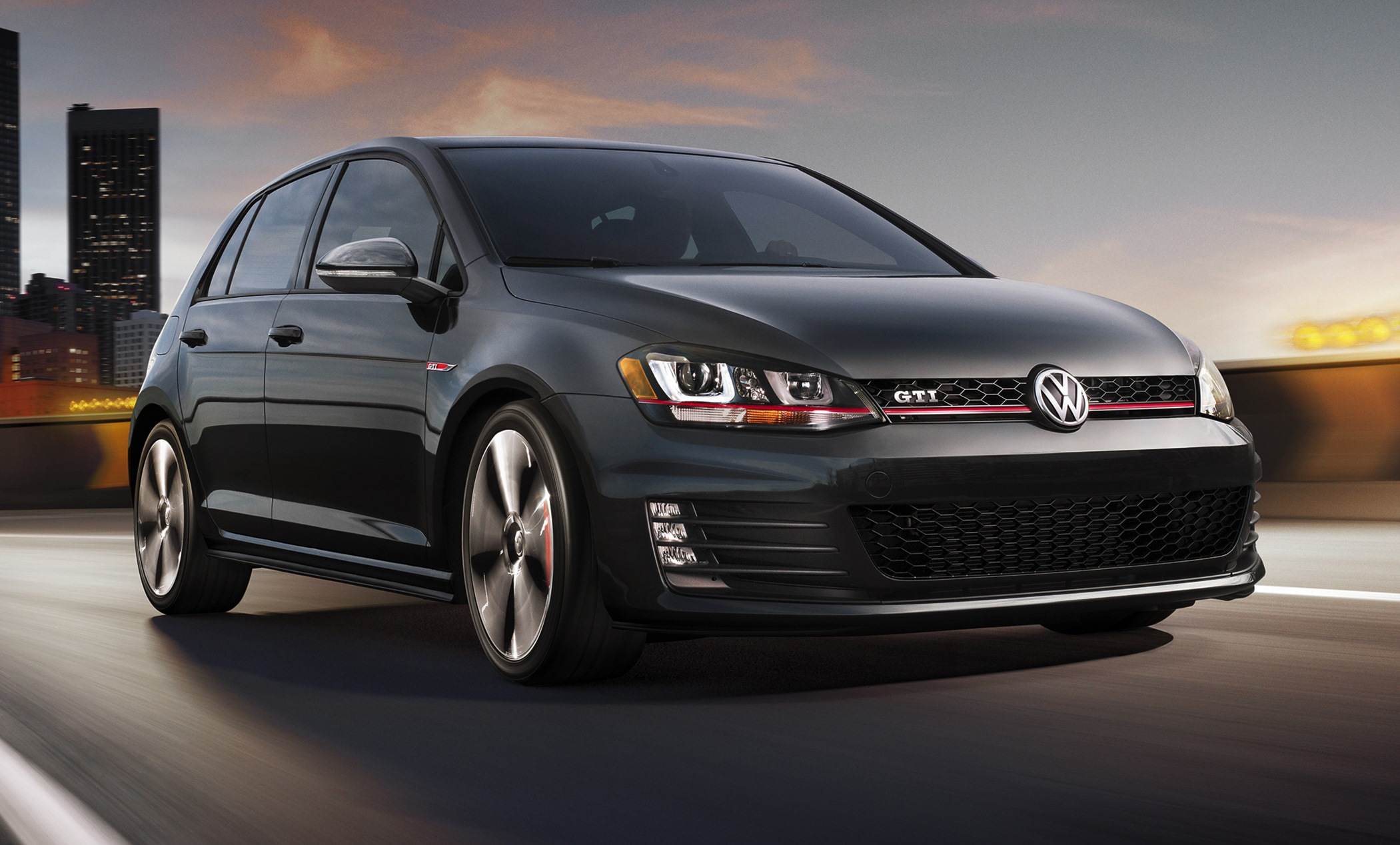 2018 Volkswagen Golf GTI US Version photo - 1