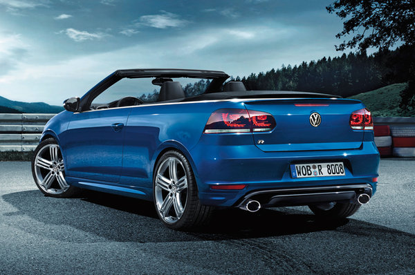 2018 Volkswagen Golf R Cabriolet photo - 1