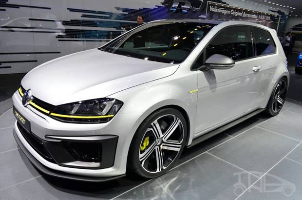 2018 Volkswagen Golf R Cabriolet Concept photo - 3