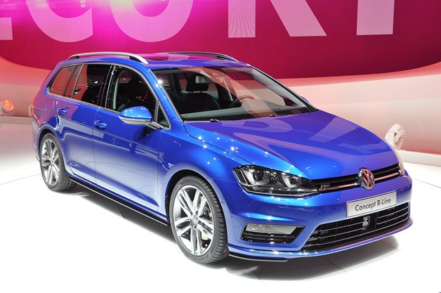 2018 Volkswagen Golf R Variant photo - 1