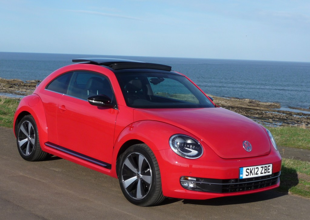 2018 Volkswagen New Beetle USA Version photo - 1