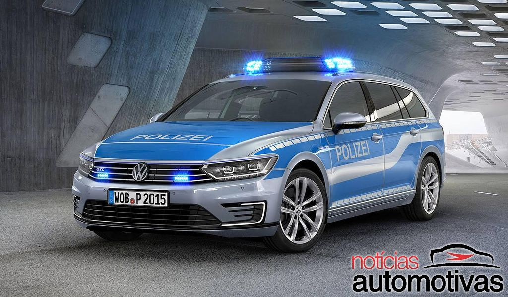 2018 Volkswagen Passat GTE photo - 2