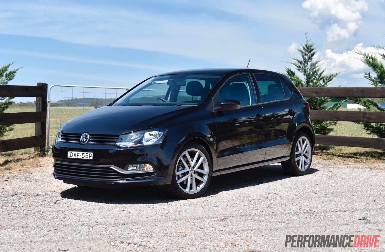 2018 Volkswagen Polo Sedan photo - 2