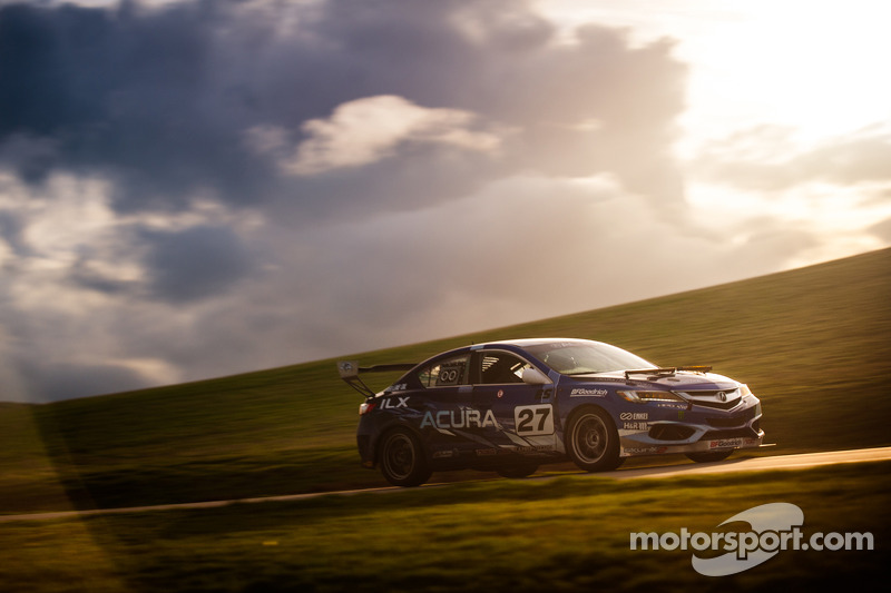 2019 Acura TL 25 Hours of Thunderhill photo - 3