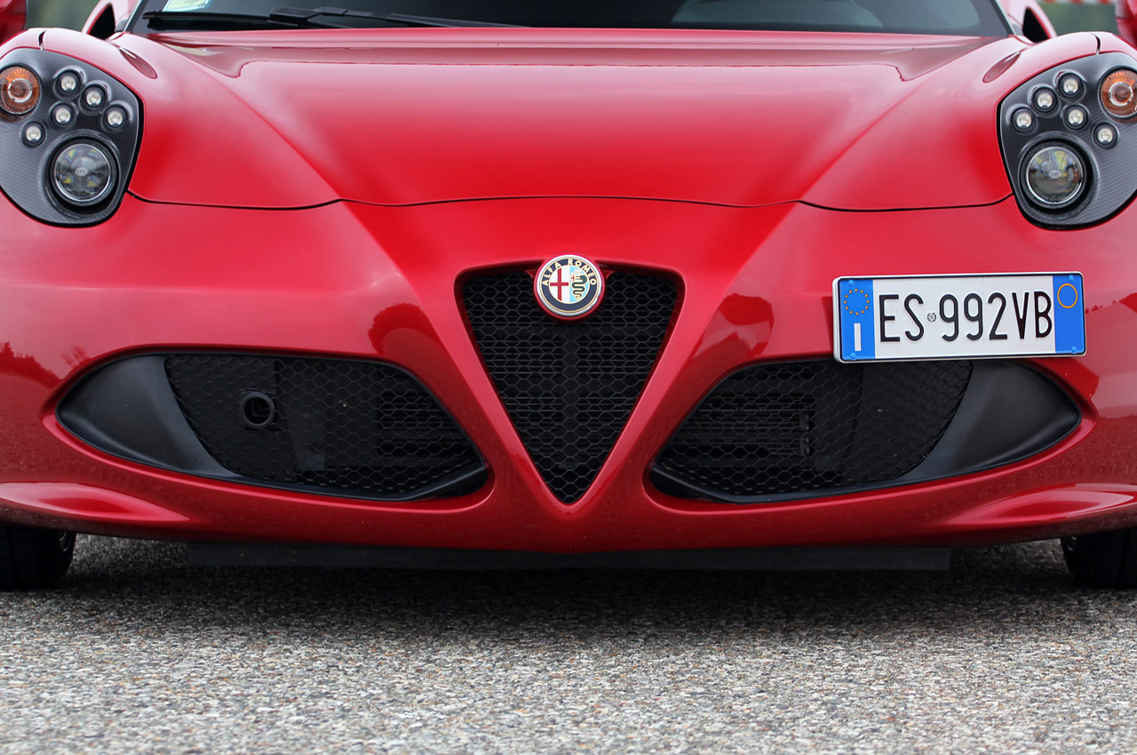 2019 Alfa Romeo 145 photo - 3