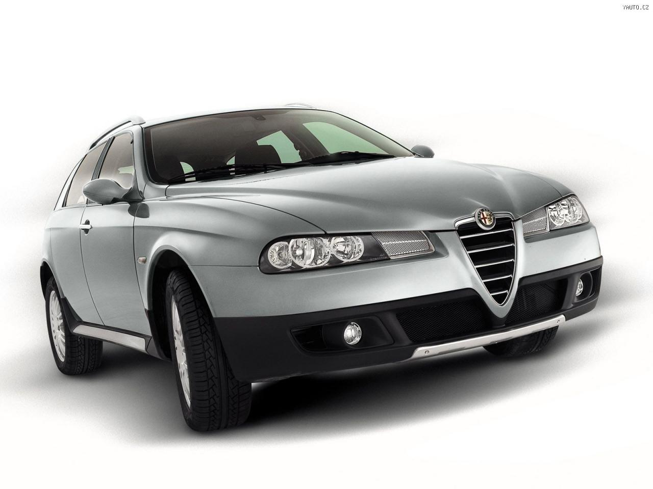 2019 Alfa Romeo 156 Crosswagon Q4 photo - 5