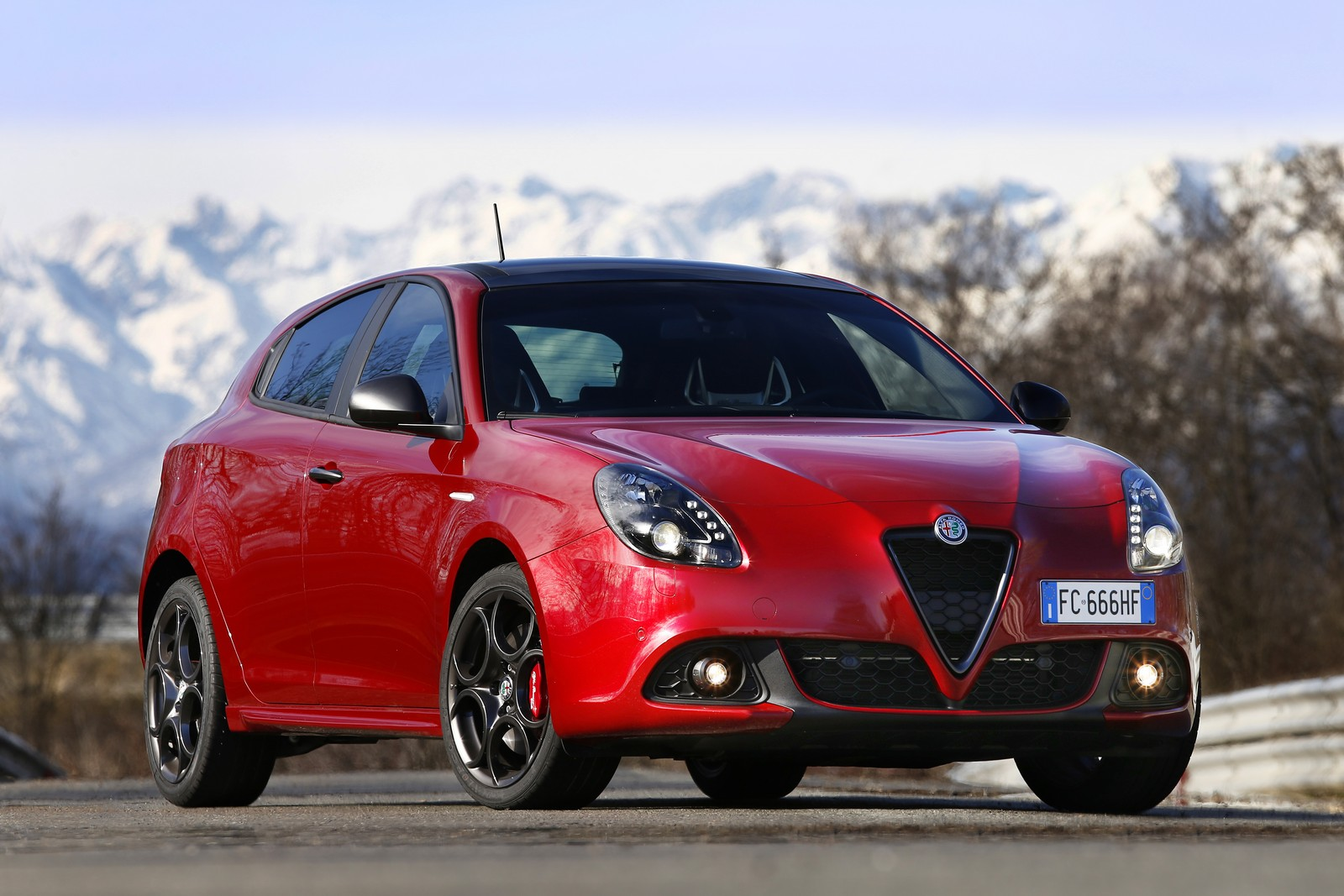 2019 Alfa Romeo Giulietta Berlina photo - 1