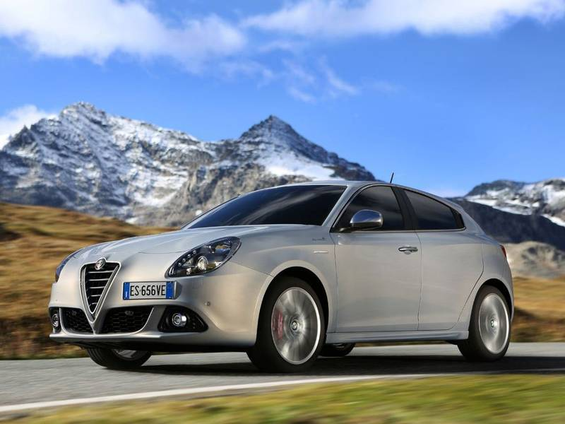 2019 Alfa Romeo Giulietta Berlina photo - 6