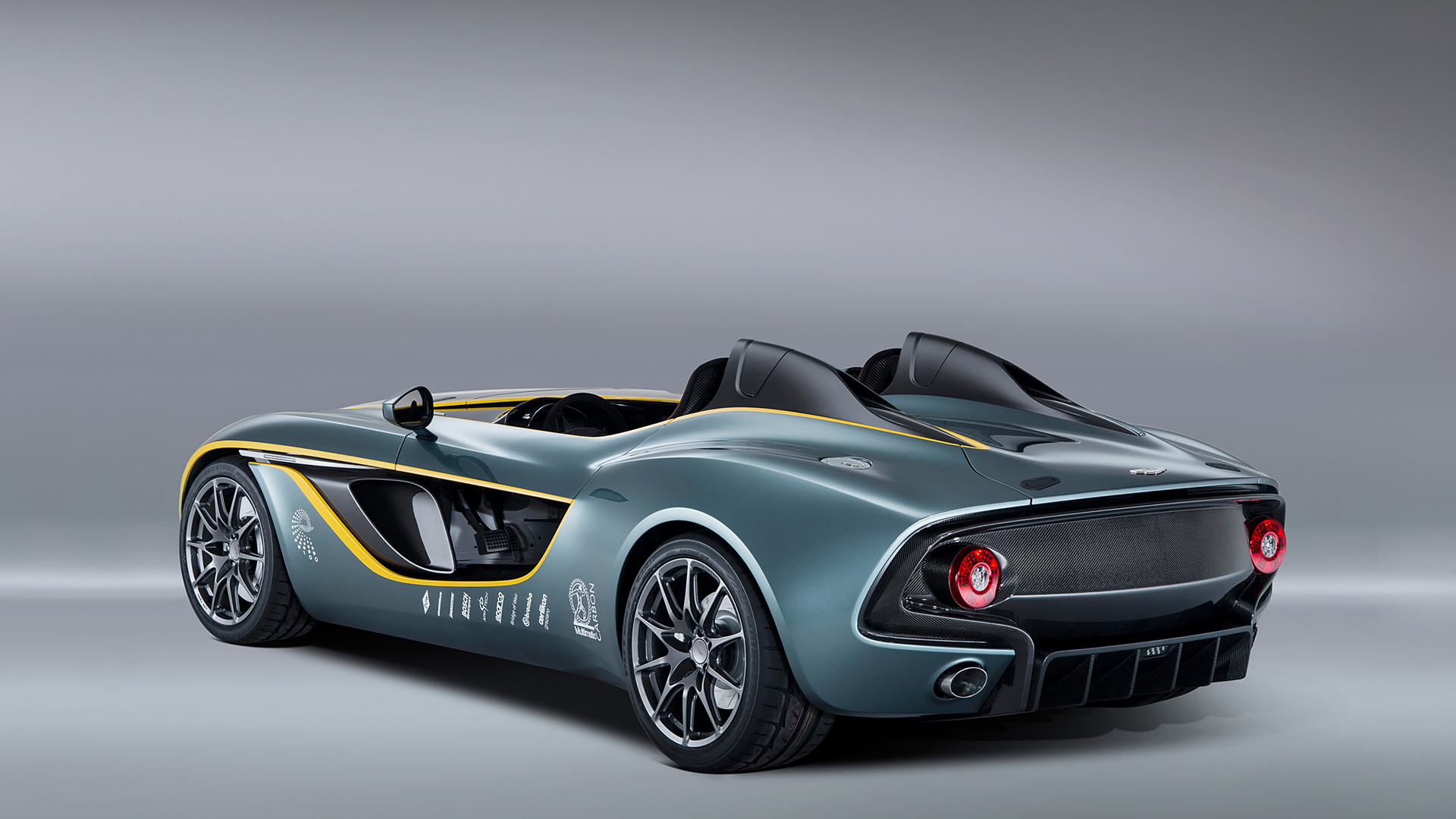 2019 Aston Martin CC100 Speedster Concept photo - 6