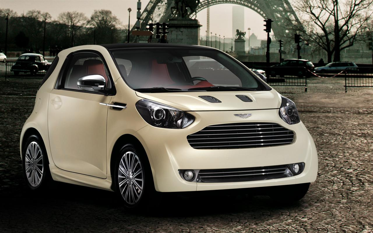 2019 Aston Martin Cygnet Concept photo - 3