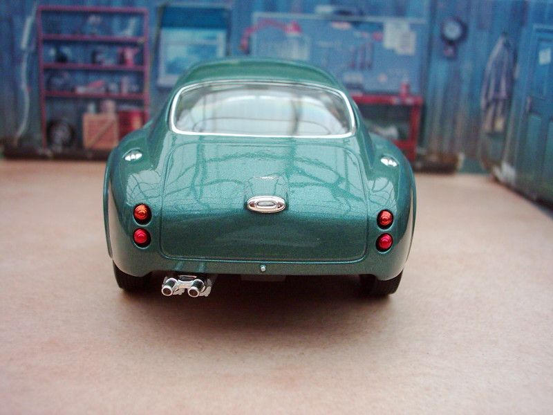 2019 Aston Martin DB4 GT Zagato photo - 5