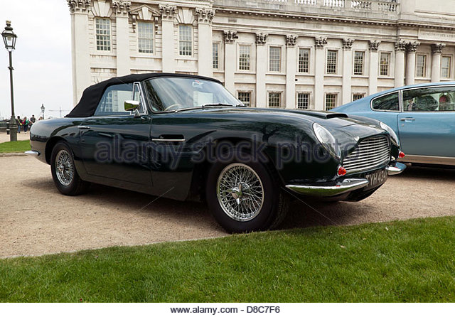 2019 Aston Martin DB6 Volante SWB photo - 4
