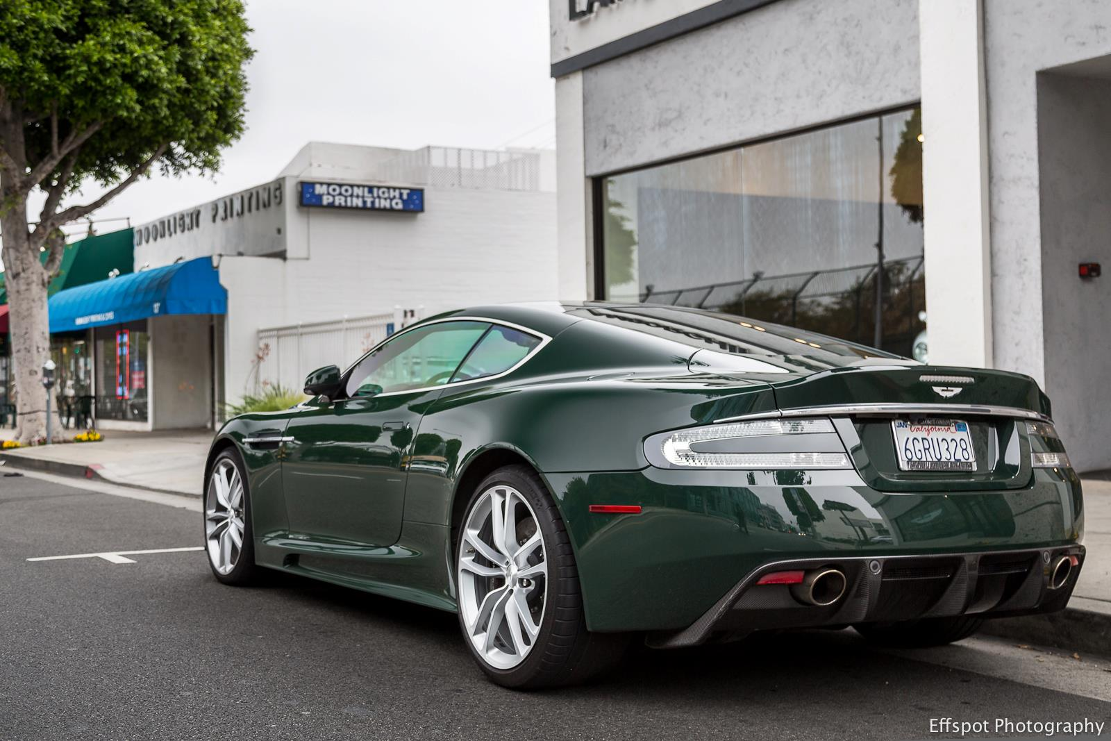 2019 Aston Martin DBS Racing Green photo - 2