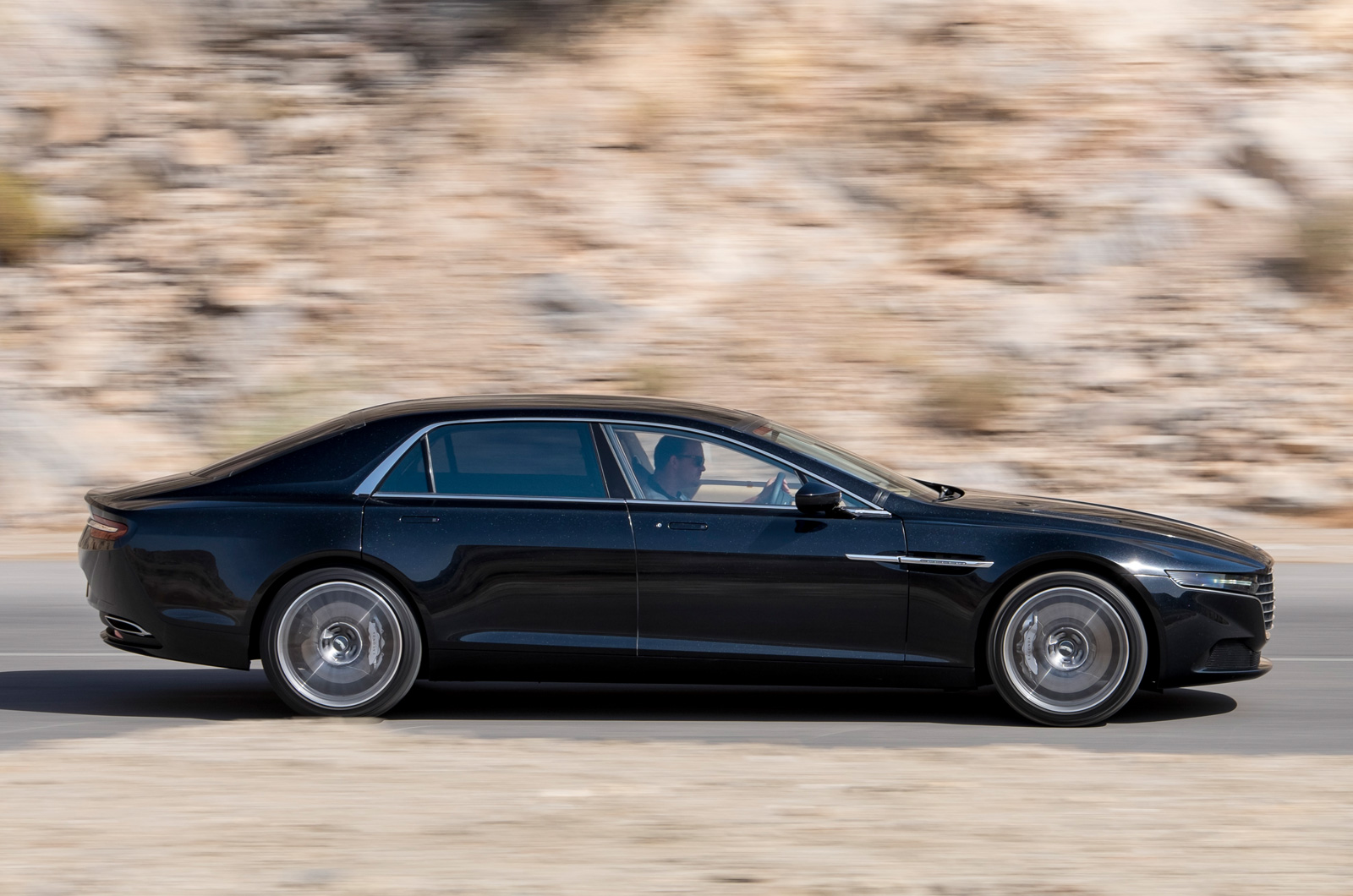 2019 Aston Martin Lagonda V12 Rapide photo - 6