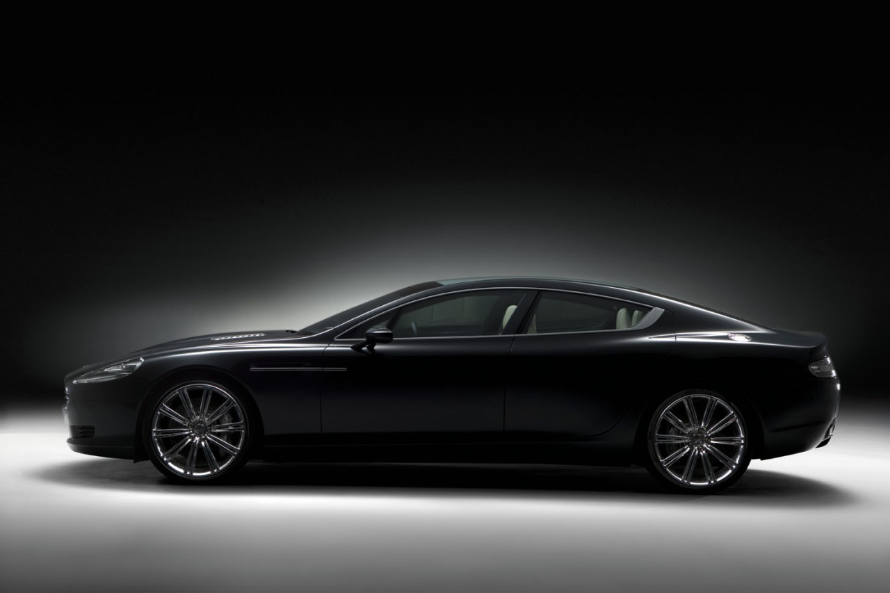 2019 Aston Martin Rapide Concept photo - 6
