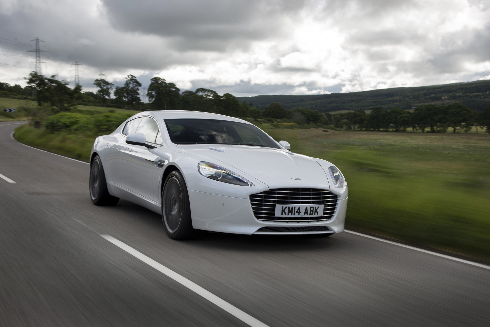 2019 Aston Martin Rapide S photo - 1