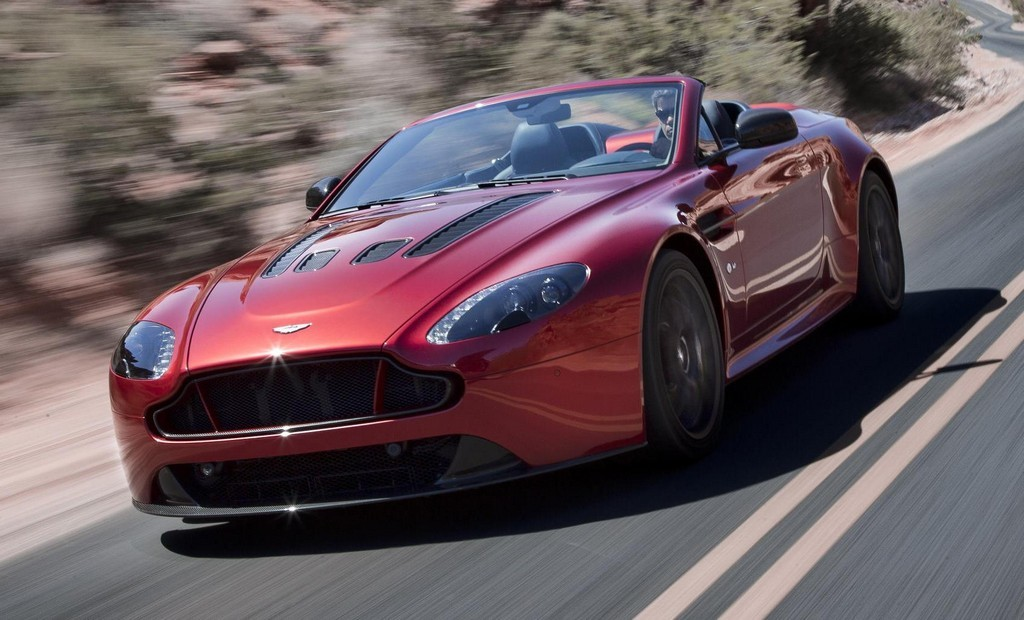 2019 Aston Martin V12 Vantage Roadster photo - 2