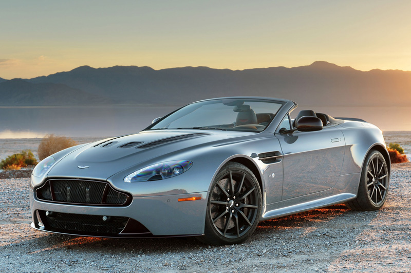 2019 Aston Martin V12 Vantage S Roadster photo - 6
