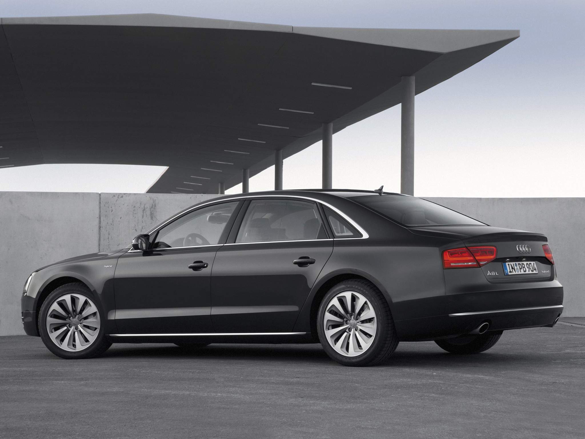 Dillons Big Turbo B5 Audi A4 1 8t Quattro furthermore 2018 Audi Q7 in addition 3 0 Vacuum Leak 2761976 likewise Chlodnica Oleju Audi A8 057 117 021 P Wroclaw 2 6bea9f Nr53375380 furthermore Sedan4d. on audi a8 4 2 tdi quattro